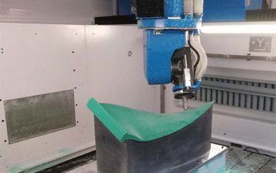 COMI LaborMac : un centre d'usinage pour matériaux composites, résines et aluminium